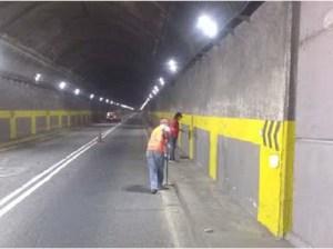 Iluminan túneles de la autopista Caracas-La Guaira