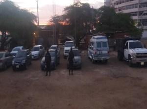 Retienen 30 vehículos por pernoctar en estación de servicio en Zulia