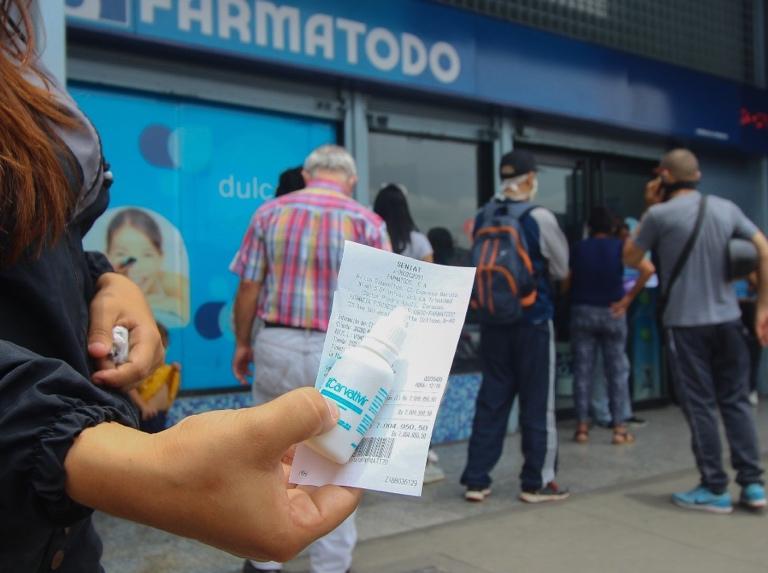 Red de farmacias privadas ya tienen a la venta el carvativir (+video)