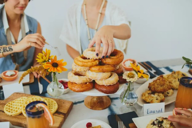 An Almost a Mrs. Donut Bridesmaid Brunch | Ultimate Bridesmaid | Angela Cox Photography