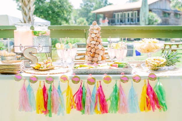 A Wekiva Island Tropical Bachelorette Bash | Ultimate Bridesmaid | Tara Libby Photography