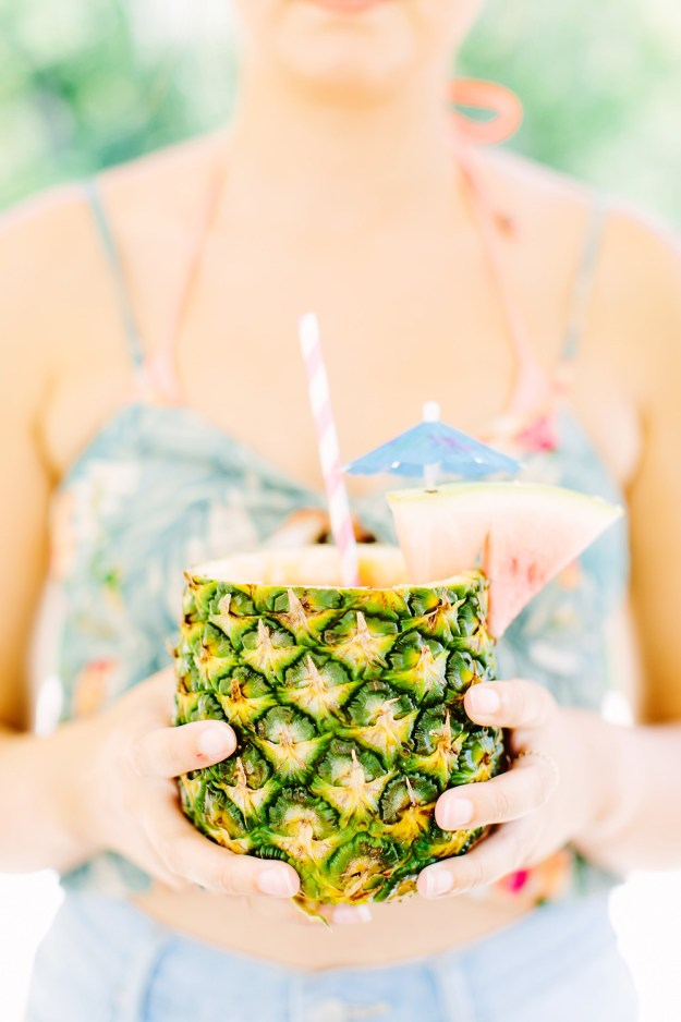 Pineapple drink. A Wekiva Island Tropical Bachelorette Bash | Ultimate Bridesmaid | Tara Libby Photography