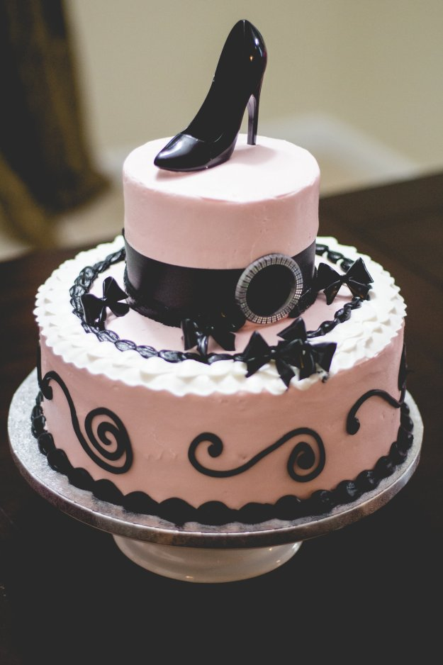 Pink and black stiletto cake for a lingerie shower. A Lingerie & Painting Party Bridal Shower | Ultimate Bridesmaid | Posh Moments Photography