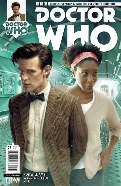 Doctor Who 11th Doctor #7 1:10 Photo Incentive Variant Titan
