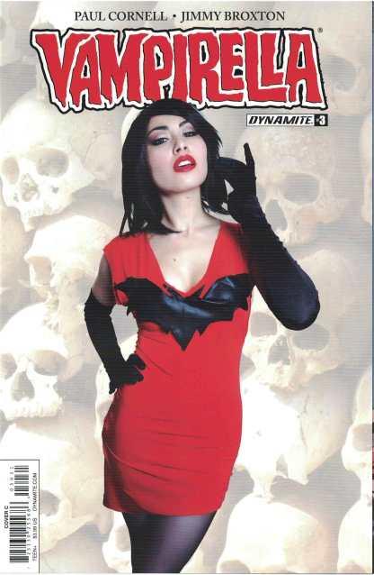 Vampirella #3 Cosplay Variant Dynamite 2017
