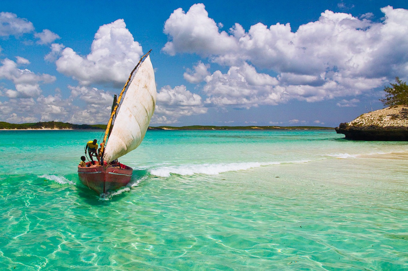 Authentic Sailing boat Madagascar