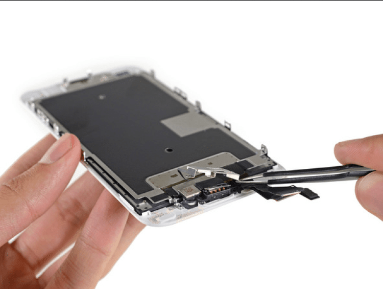 Tearing down the iPhone 6s. Photo from iFixIt