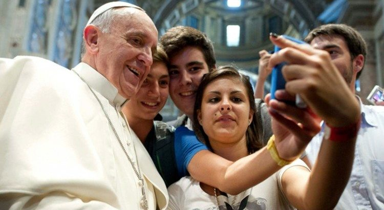 Could Pope Francis' Visit to NYC / Philadelphia Delay iPhone 6s Shipments?