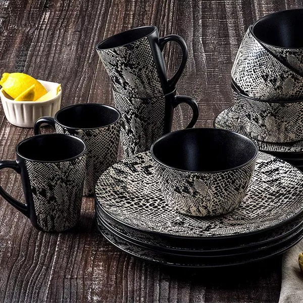 Snakeskin Dinneware Cooking Gift Sets For Him