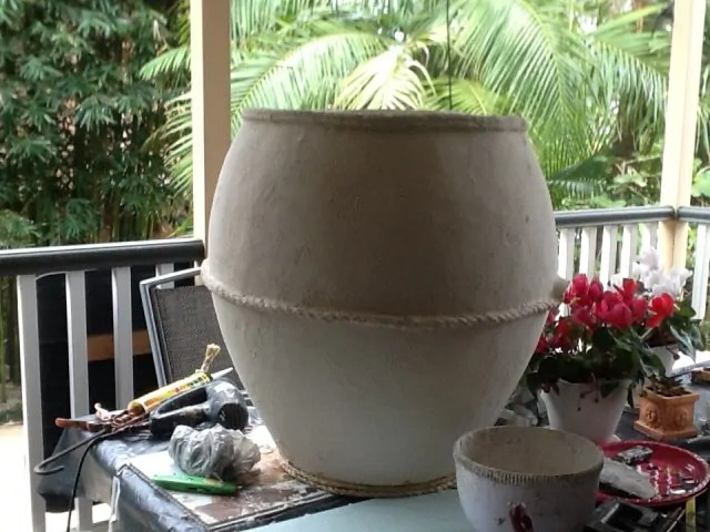 Concrete Mix In Clay : Giant pots made with new cement paper mache clay mixture