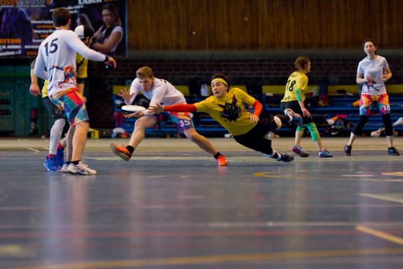 Ultimate frisbee Wrocław: derby uczelni wyższych. AWF vs PWR!