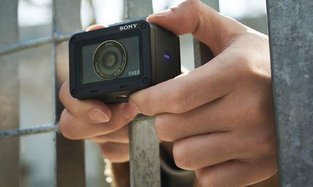 Sonys Winzling hat es in sich: 4k Video und 16 Bilder pro Sekunde
