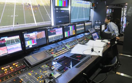 Super Bowl 50 in 8K: NHK hält Wort und strahlt in 8K aus