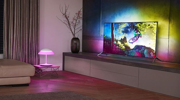 "Philips 4K Mountainbike-Video ""Darklight"" soll Ambilight TVs pushen"
