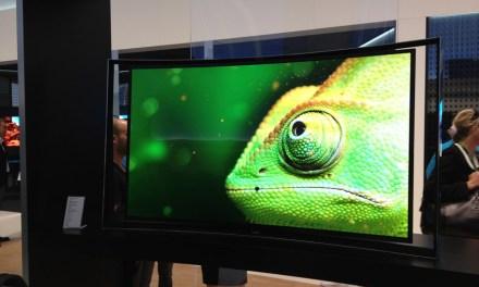Samsung und LG – Enthüllung eines biegsamen OLED TVs auf der CES 2014?