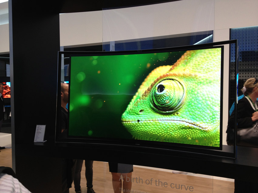 Große OLED TVs werden noch lange auf der Reservebank verweilen
