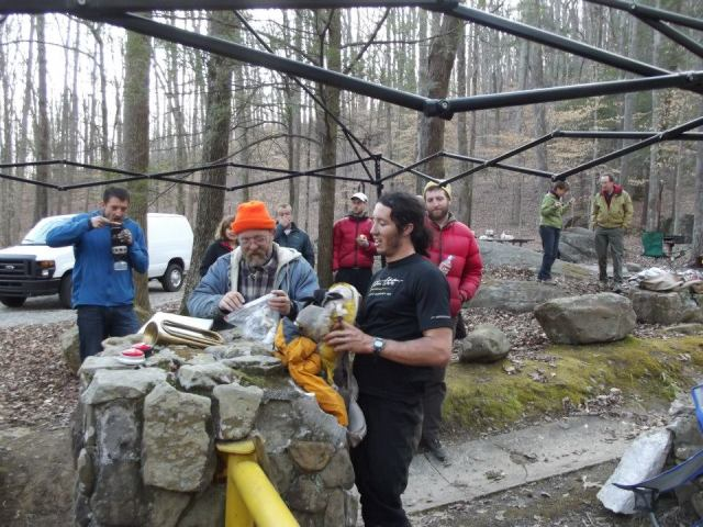 Winners are grinners, Laz counts the pages which sees Nick win 2013 Barkley marathons after five loops of hell