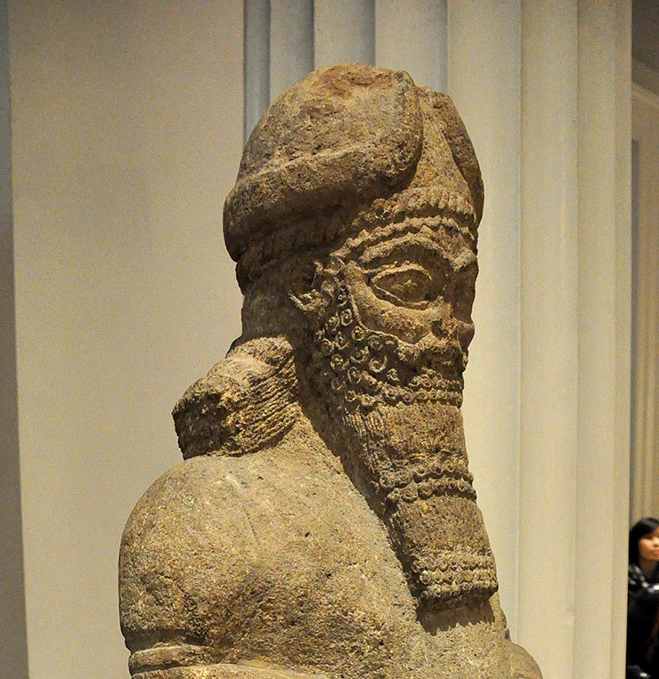 Attendant_God_from_the_Temple_of_Nabu_at_Nimrud,_Mesopotamia.