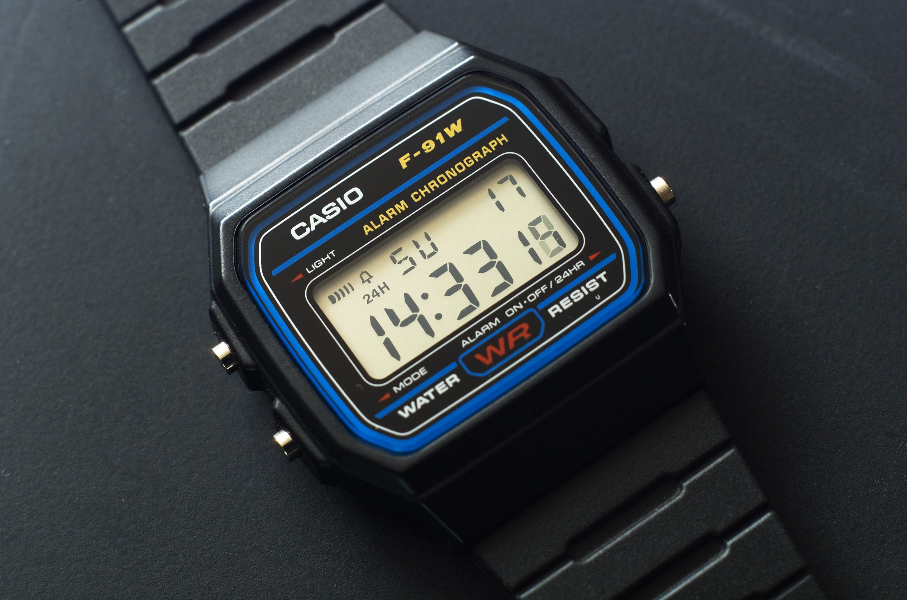 82634275e926 Casio F-91W Review - 10 Years Later