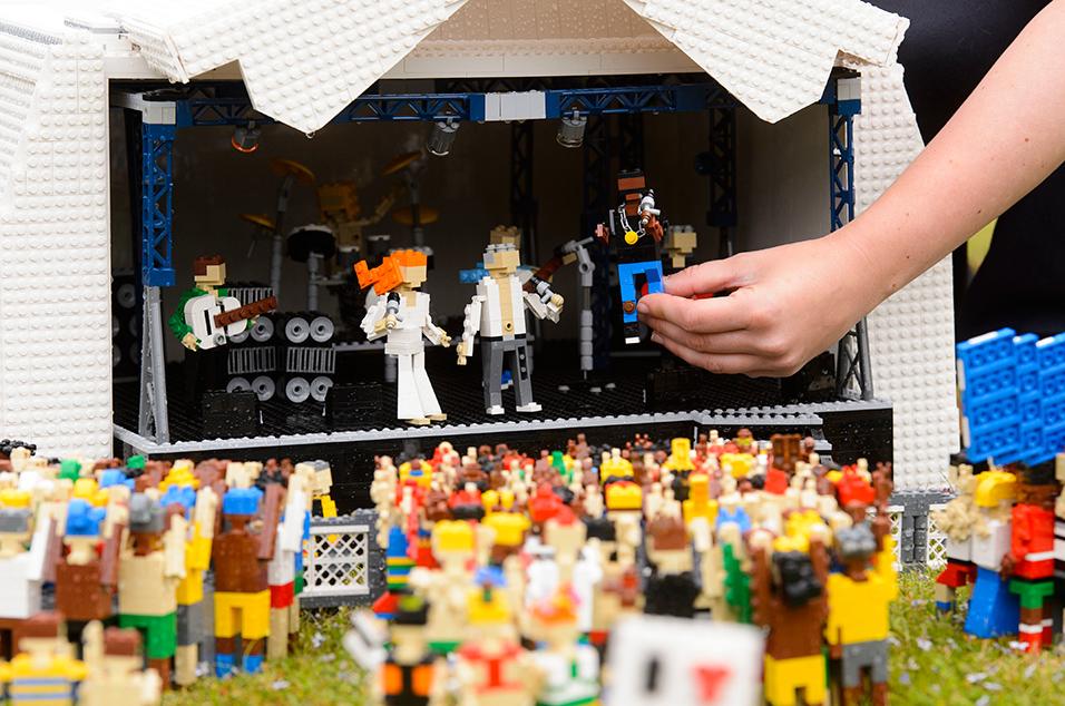 Lego Glasto 5