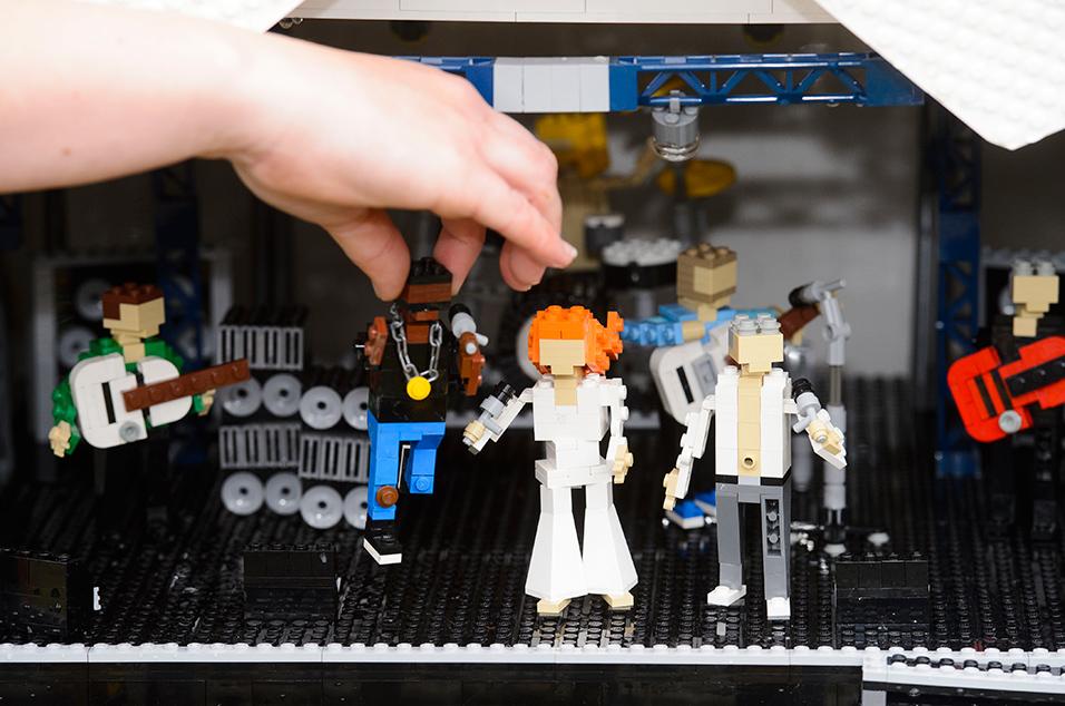 Lego glasto2