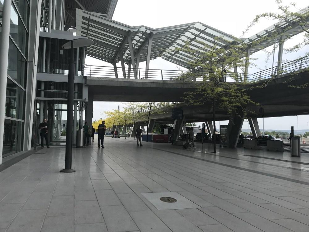 EuroAiport: um aeroporto, três países