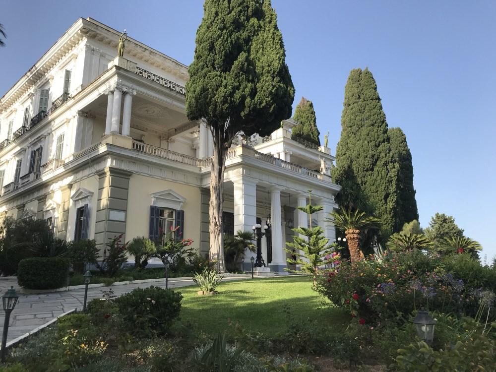 O Palácio de Aquilleon construído pela Sissi da Aústria