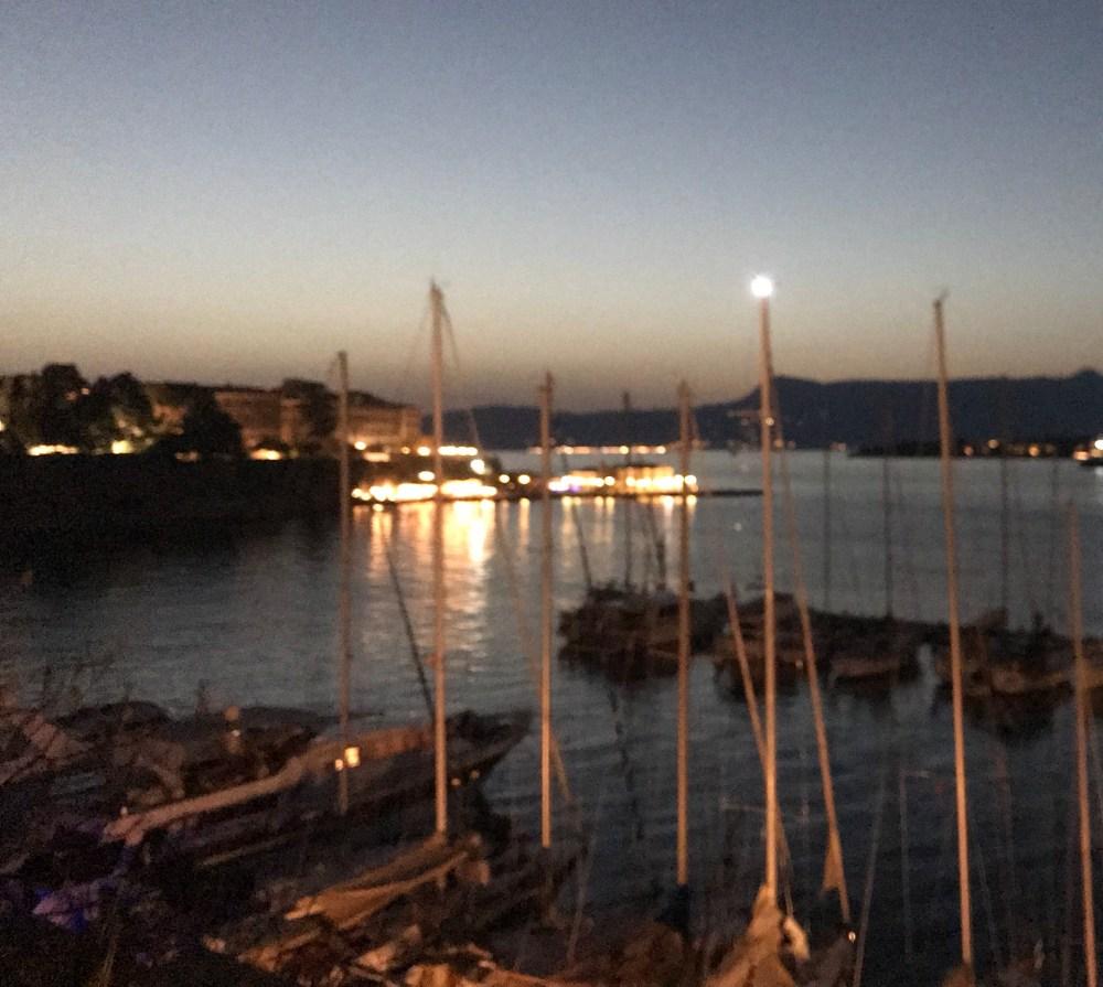 O porto antigo de Kerkyra