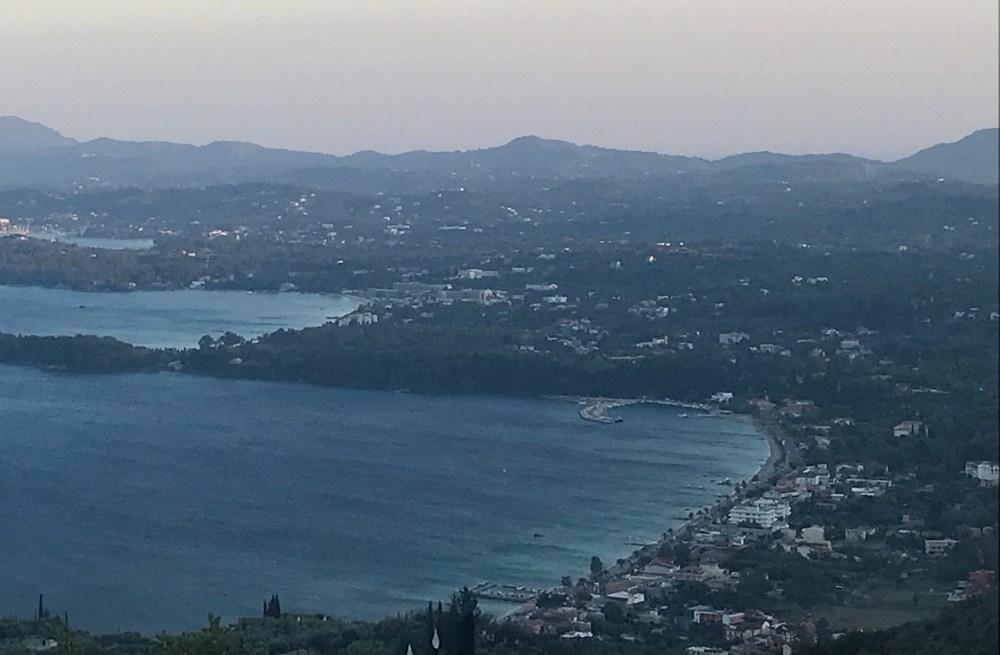 A vista da ilha de um dos pontos mais altos
