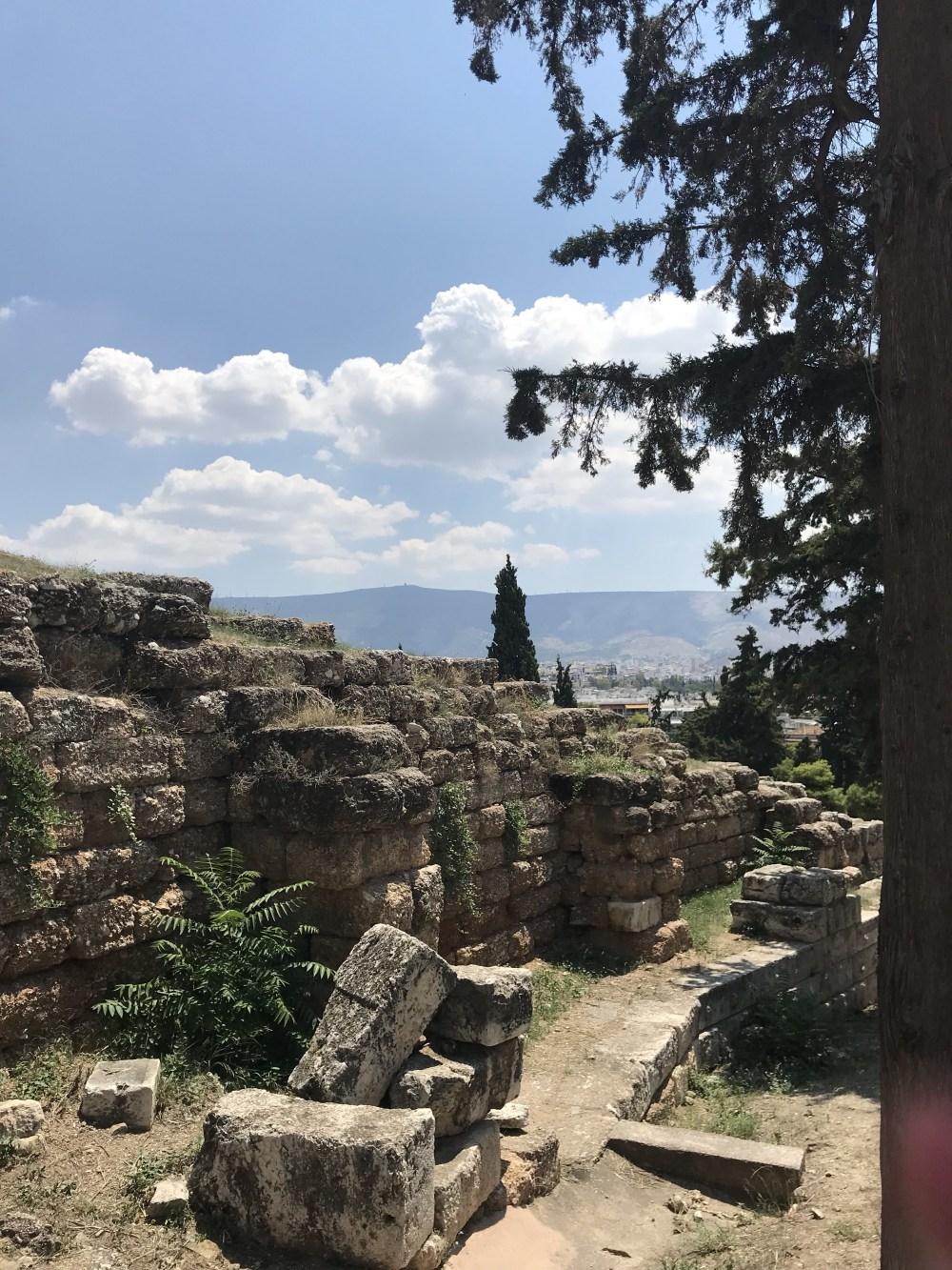 Antigas muralhas em Atenas