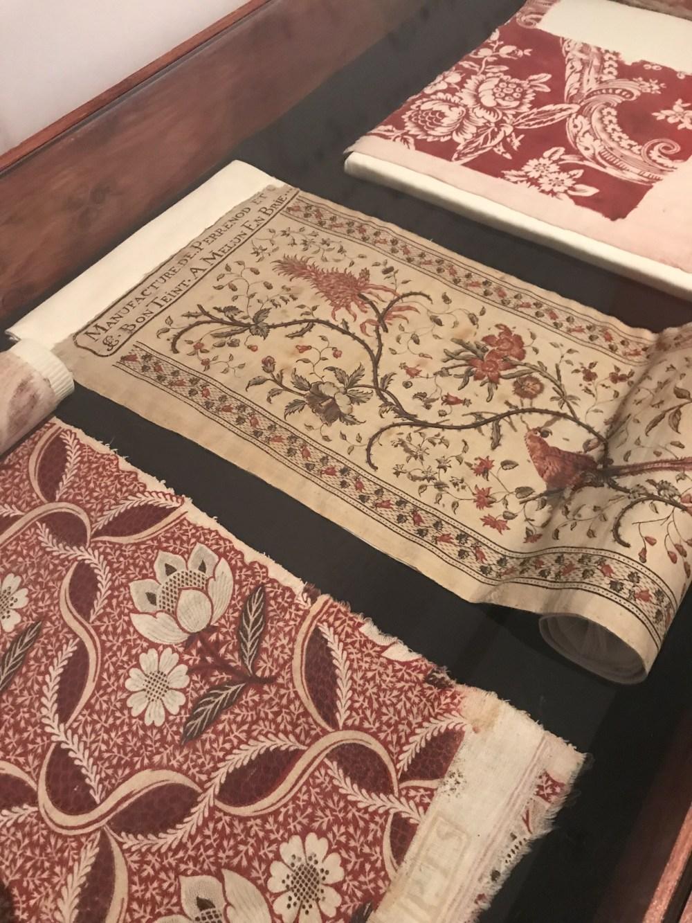 Séculos entre tecidos no Musée de l'Impression sur Étoffes