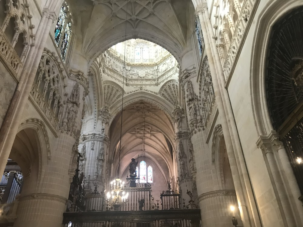Detalhes delicados da catedral de Burgos
