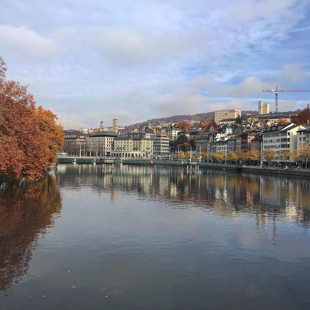 O momento mais bonito daquele dia: quando o céu refletia no rio
