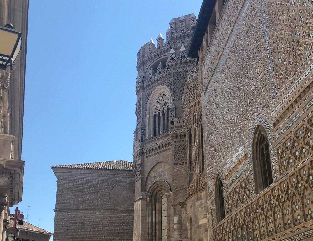 Os belos adornos da SEO, em Zaragoza