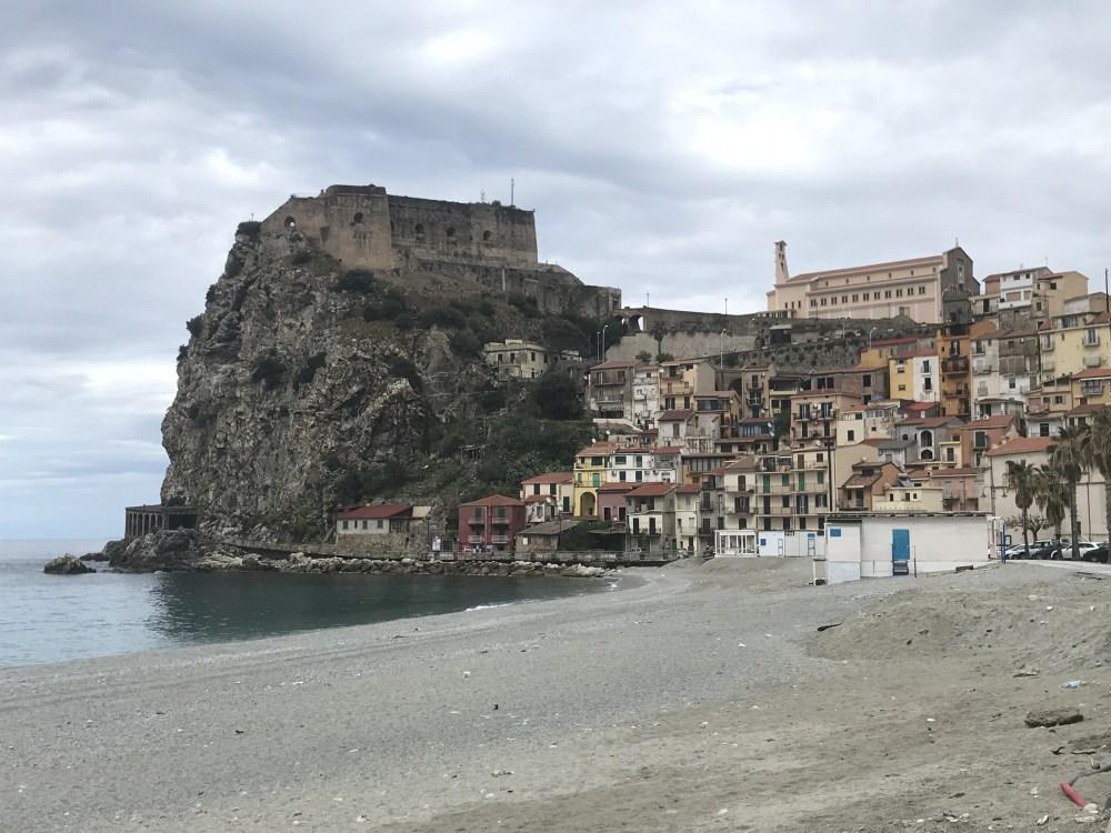 O Castelo Ruffo de Scilla, na Calábria