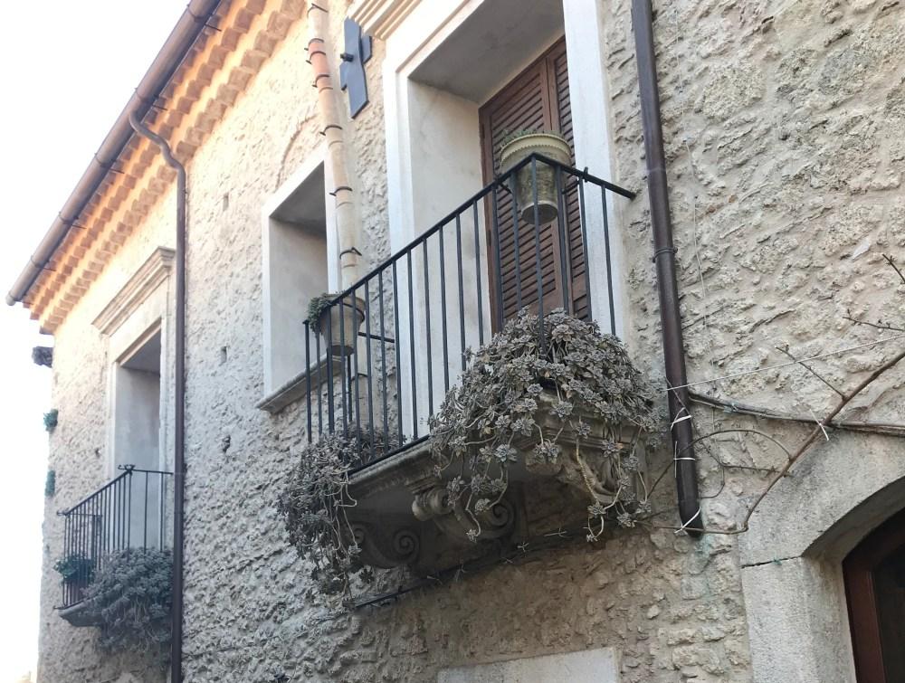 Detalhes das casas de Gerace, Calábria