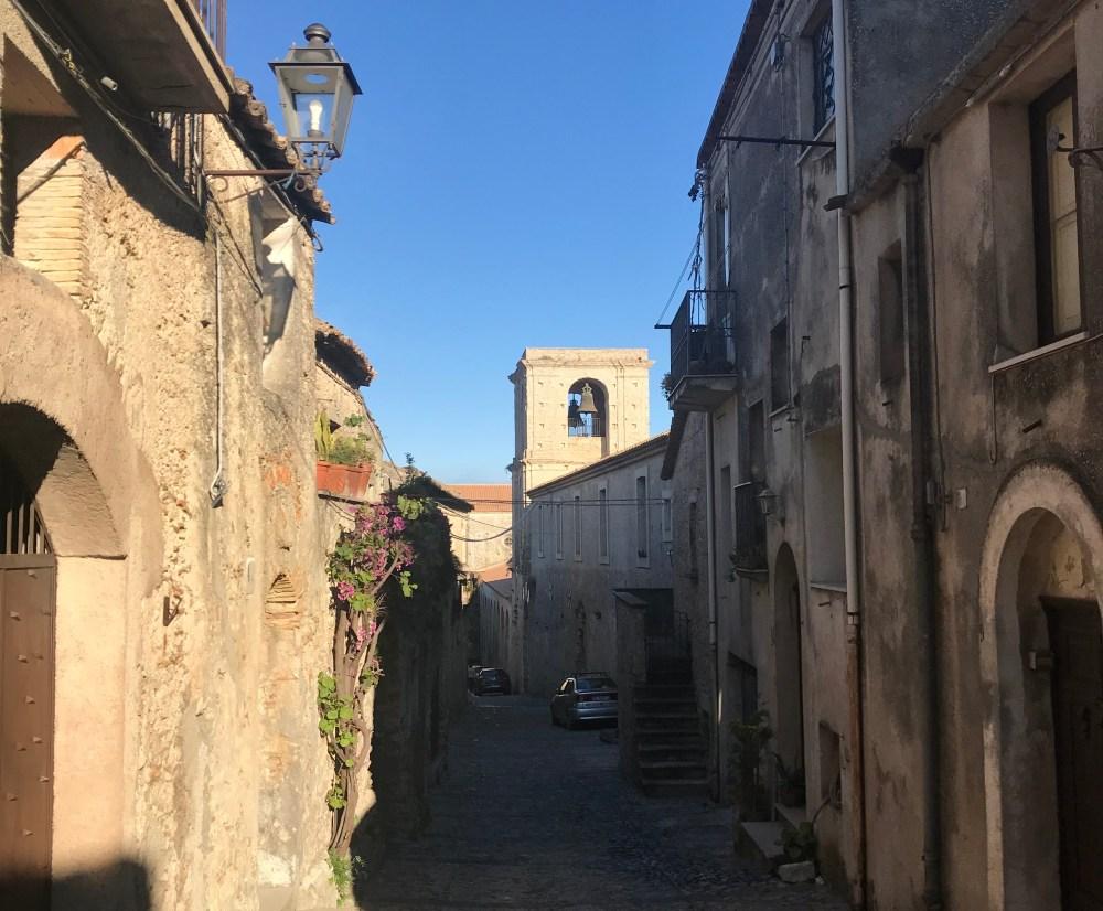 Pelas ruas de Gerace, na Calábria