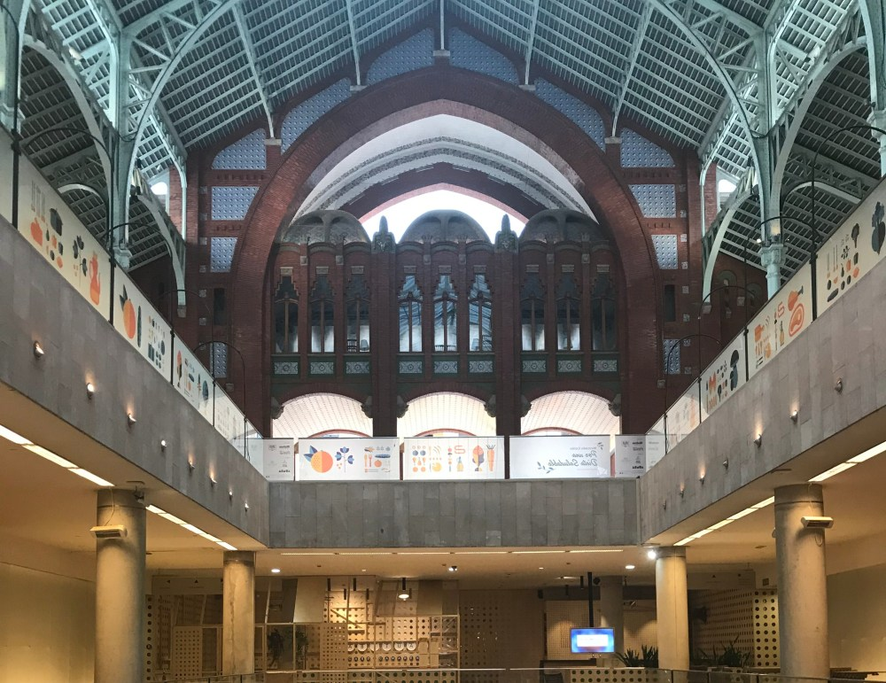 Por dentro do Mercado de Colon