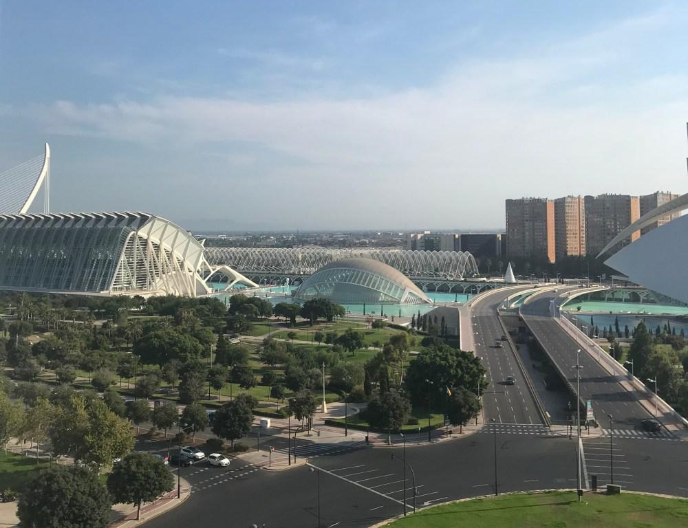 A Cidade das Artes vista do rooftop do hotel Barcelo Valencia
