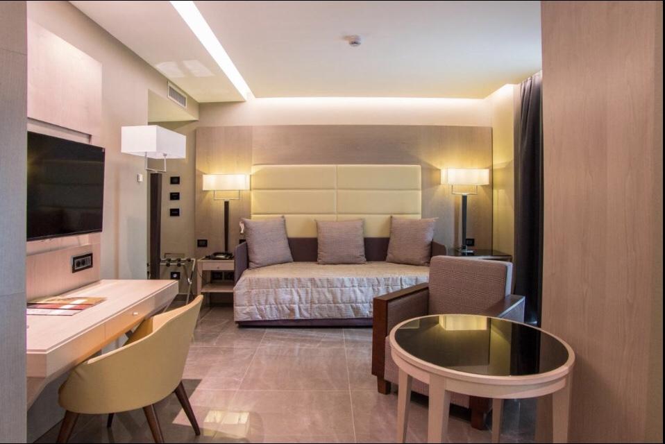 O quarto do Hotel Forum   Foto: Booking
