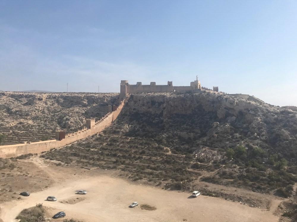 """A muralha de Jairan: do ponto superior foi filmado """"A Mulher Maravilha"""""""
