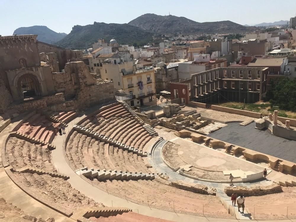 O impressionante Anfiteatro Romano adorna a paisagem de Cartagena da Espanha