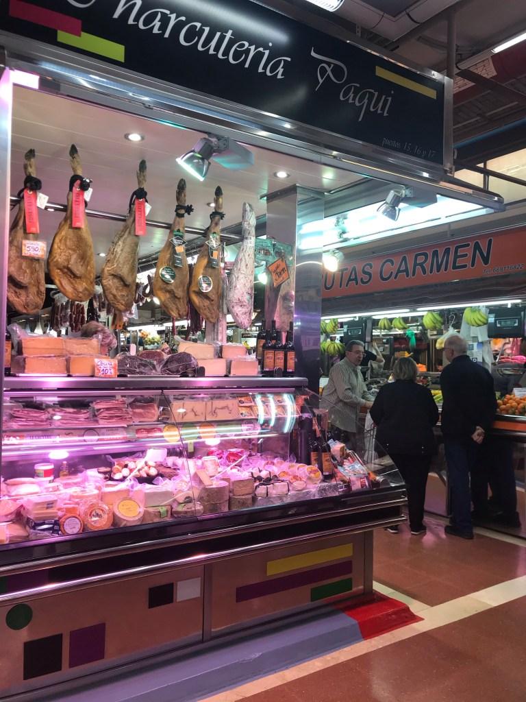 No Mercado Municipal de El Cabanyal você encontra produtos muito bons