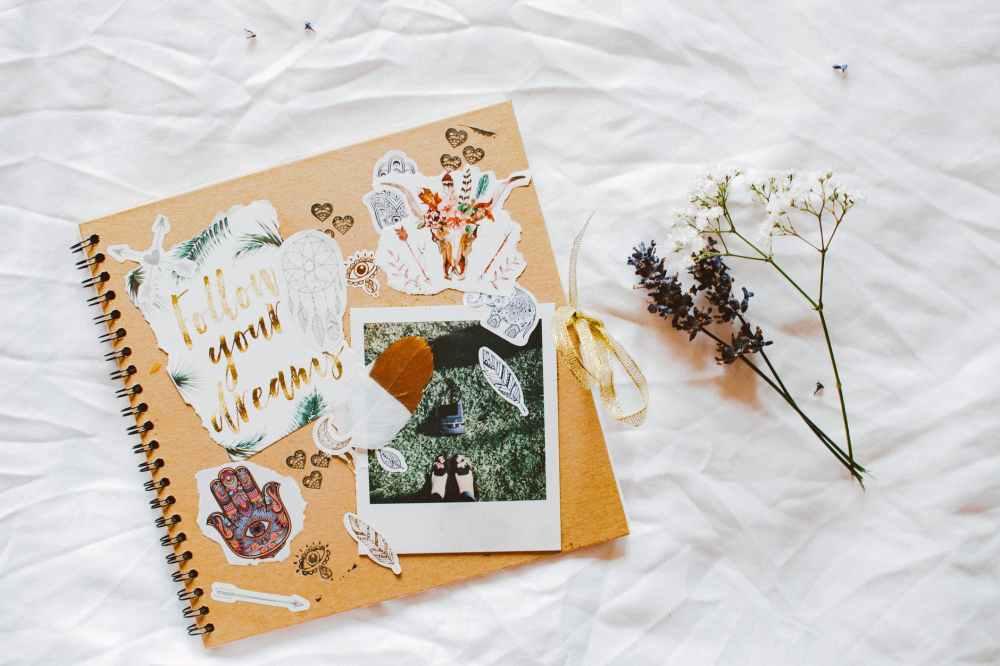 Reserve um espaço para as fotos conversarem com os textos no seu travel journal