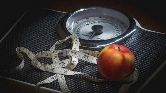 Jejum intermitente é tão eficaz quanto dieta comum