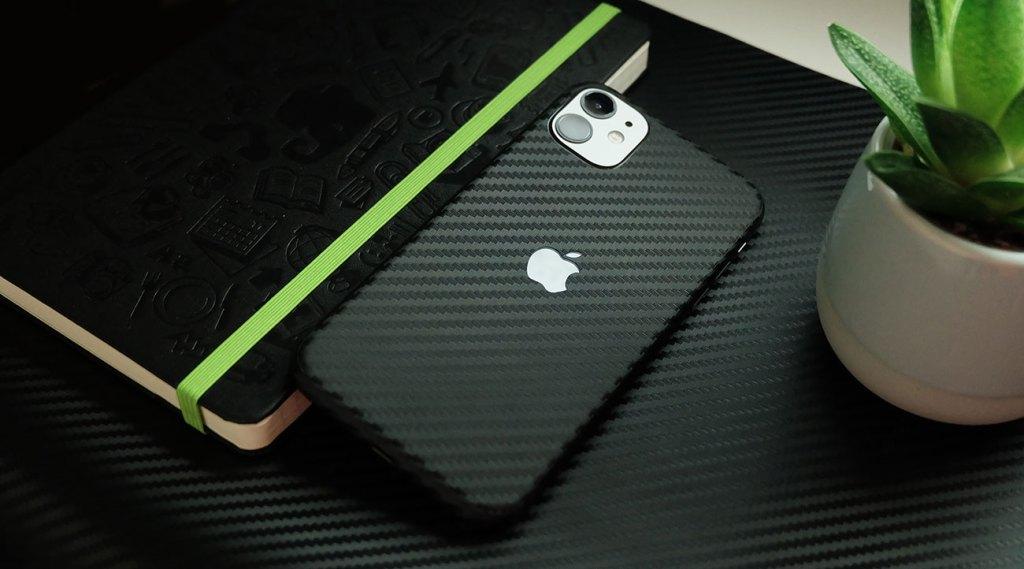 Apple iPhone 11 Textured Carbon Fibre Vinyl Skin Wrap