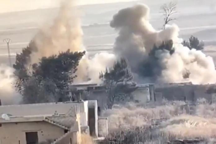 Milli Savunma Bakanlığı, Barış Pınarı bölgesinde bir köyde, PKK/YPG'linin bir eve tuzakladığı el yapımı patlayıcının imha edildiğini açıkladı.