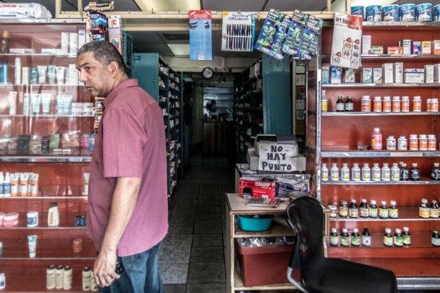 Las farmacias han sufrido los embates de la escasez. Foto: photo credit: -> No Hay // San Martín. Caracas via photopin (license)