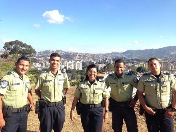 El trabajo de policía es fuerte pero también da una satisfacción enorme. Foto: Cortesía