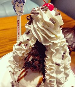 #love #desserts #yum #yummy #yummilicious #serendipity #Dubai #foodlove #foodporn #amazing #creamy #cake #icecream #delicious #foodheaven #sweet #inlove #foodie #nomnomnom #foodgasm #bestthingever #instafood #instagood #delish #chocolate #dessertporn #sweettooth #food